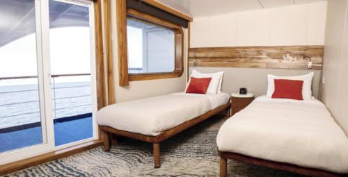 3 Balcony Suite